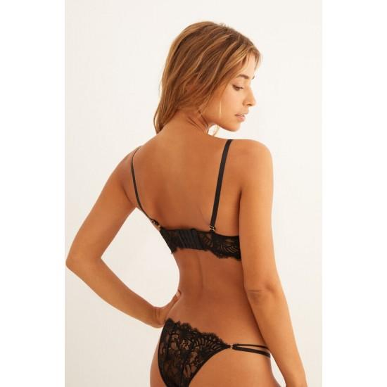 Black lace strappy bralette